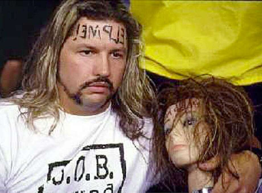 Remember Al Snow and Head?  Photo: MBR, KRT / CHICAGO TRIBUNE