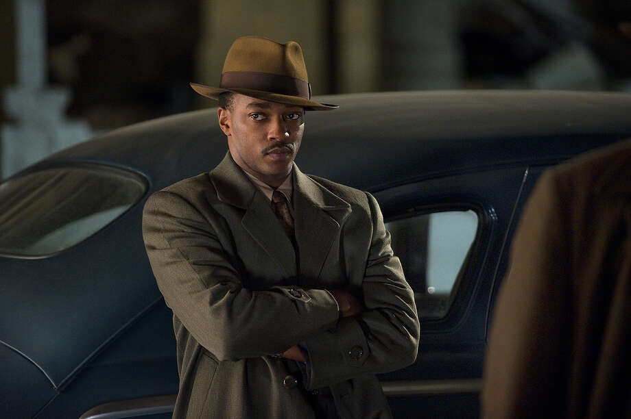 "Anthony Mackie as Officer Coleman Harris in Warner Bros. Pictures' and Village Roadshow Pictures' drama  ""Gangster Squad,' a Warner Bros. Pictures release. Photo: Wilson Webb, Warner Brothers / ©2013 Warner Bros. Entertainment Inc. - - U.S., Canada, Bahamas & Bermuda ©2013 Village Roadshow Films (BVI) Limited - - All Other Territories"