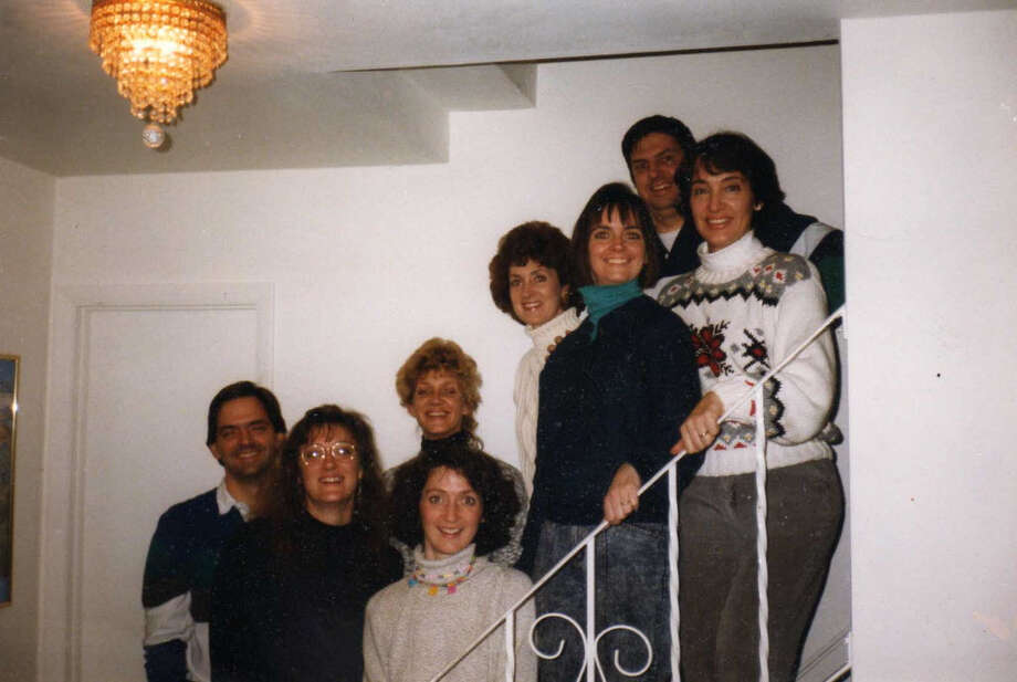 1991, another staircase. L-R: Barry, Amy, Erin, O'Ine, Maura, Megan, Thomas, Catherine.