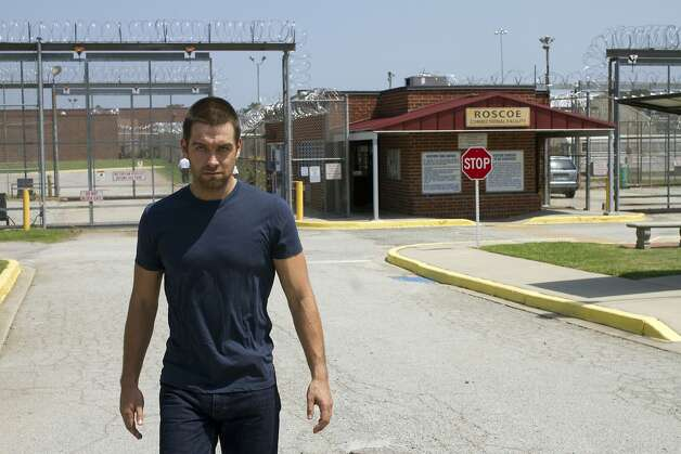 Antony Starr plays a master thief who steals the identity of a dead sheriff. Photo: Fred Norris, HBO