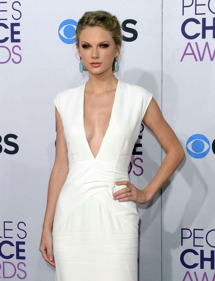 Taylor Swift is no stranger to looking good at award shows. Photo: Jason Merritt, Getty Images / 2013 Getty Images