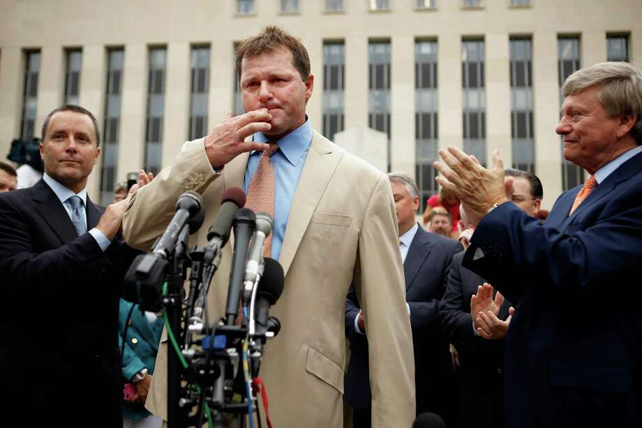 That Roger Clemens, center, emerged from a federal court victorious didn't seem to carry weight with many Hall of Fame voters. Photo: Chip Somodevilla, Staff / 2012 Getty Images