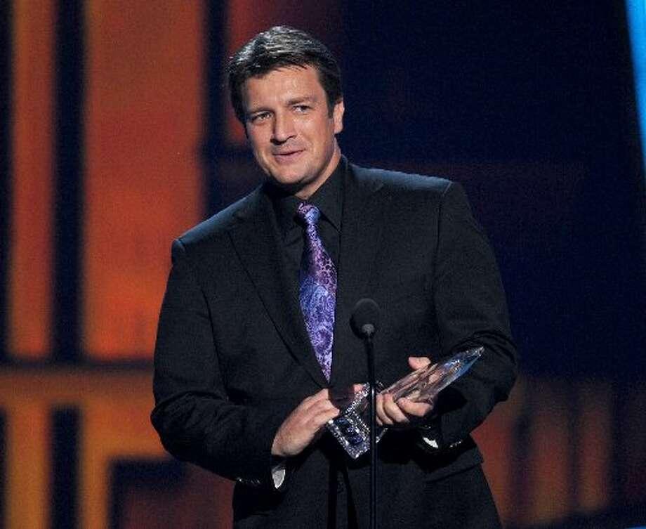 Nathan Fillion,  winner of Favorite TV Drama Actor.