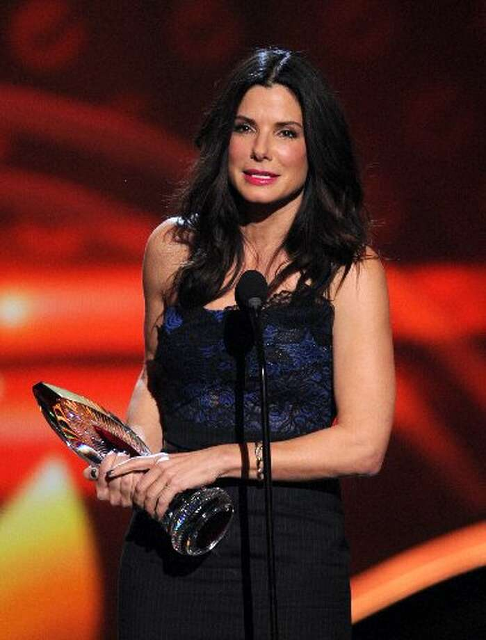Sandra Bullock's humanitarian efforts were honored.