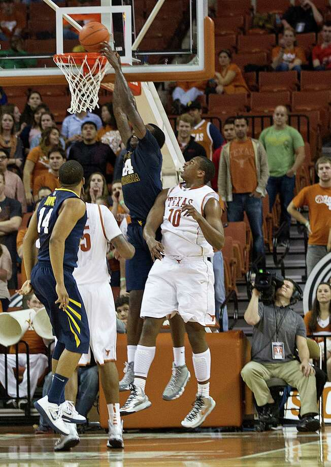 The UT men are 0-5 in Big 12 play, their worst conference start since 1976. (Alberto Martinez/Austin American-Statesman/MCT) Photo: Alberto Martinez, McClatchy-Tribune News Service / Austin American-Statesman