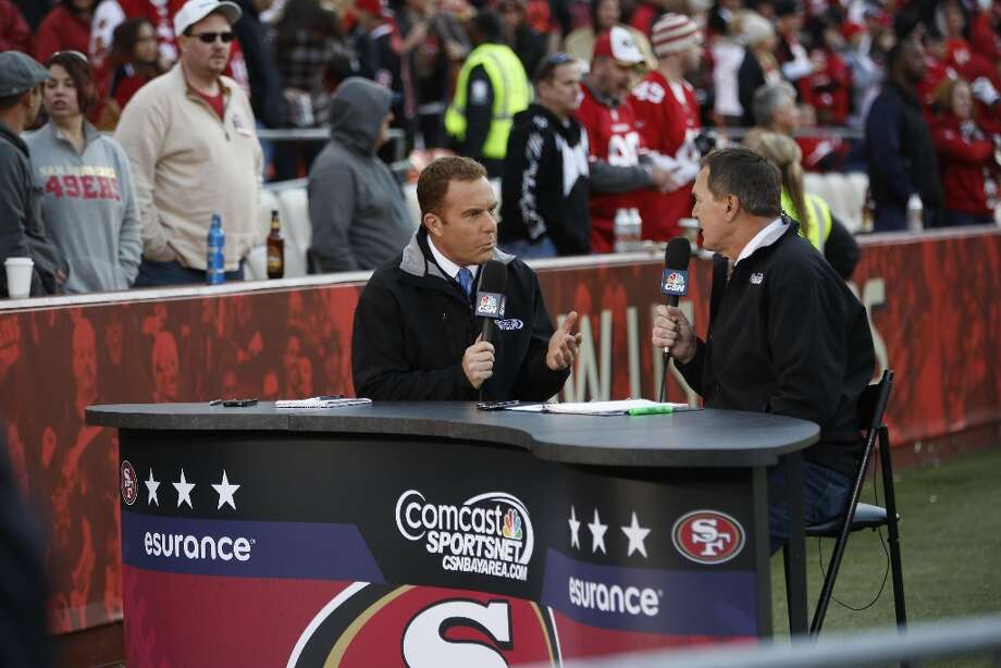 Dec. 30, 2012: Hosts from Comcast SportsNet Bay Area (is that Dave Feldman on the left, Dwight Clark on the right?) prepare for the 49ers game against the Cardinals at Candlestick Park. Photo: Stephen Lam, Special To The Chronicle / ONLINE_YES
