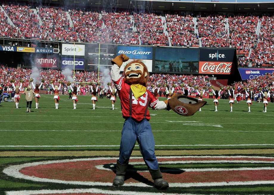 October 14, 2012: Sourdough Sam plays to the crowd before the 49ers play the New York Giants at Candlestick Park. Photo: John Storey, Special To The Chronicle / ONLINE_YES