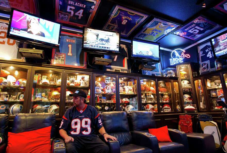 Deer Park Man Has The Best Man Cave Ever Houston Texans Message Board