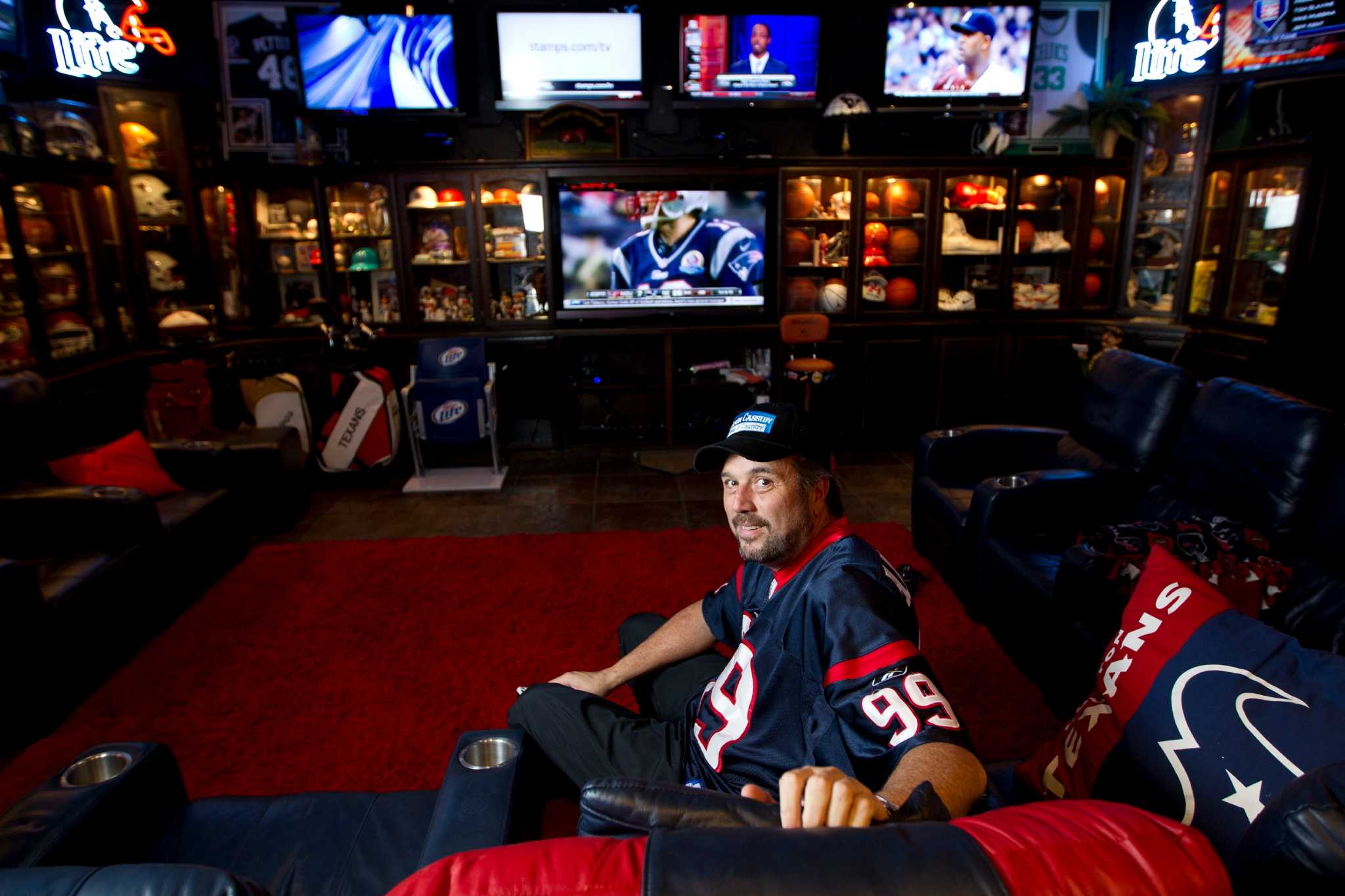 Texans Fan Perfect At Home Houston Chronicle