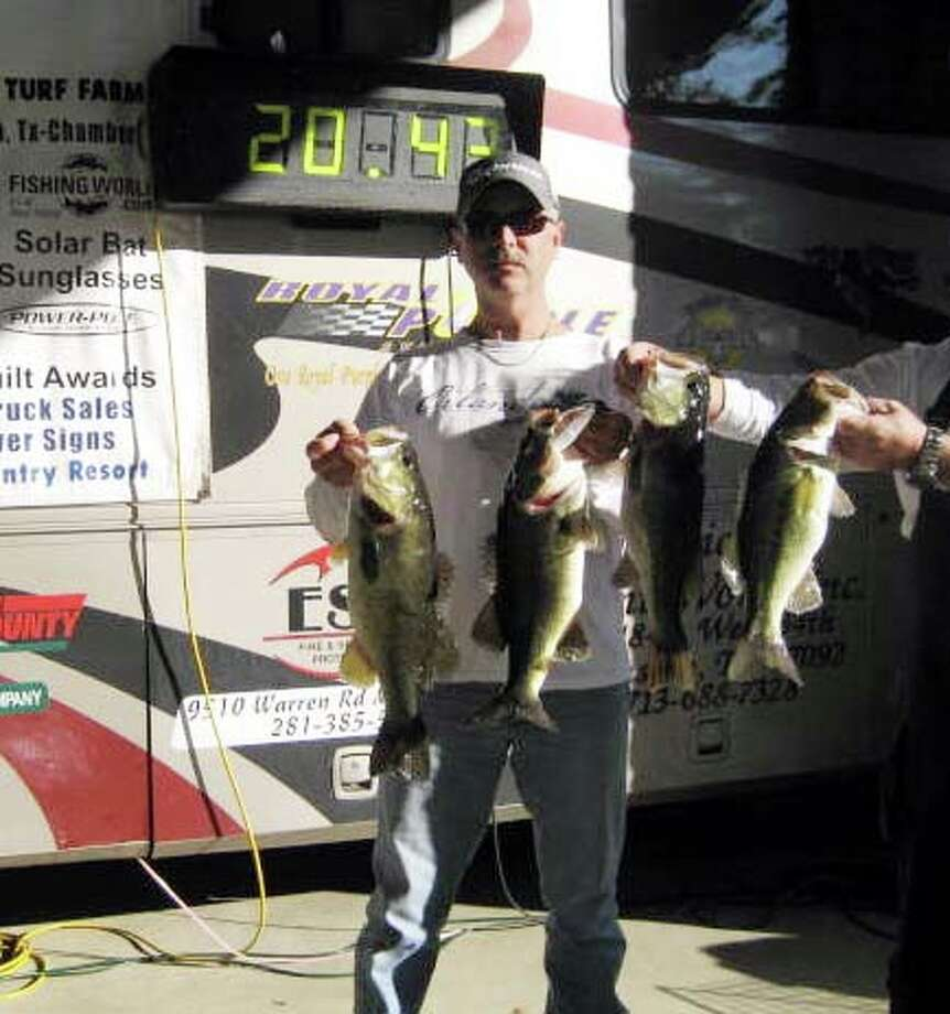 Randy Quin won the tournament with his limit of fish that weighed 20.43 lbs.