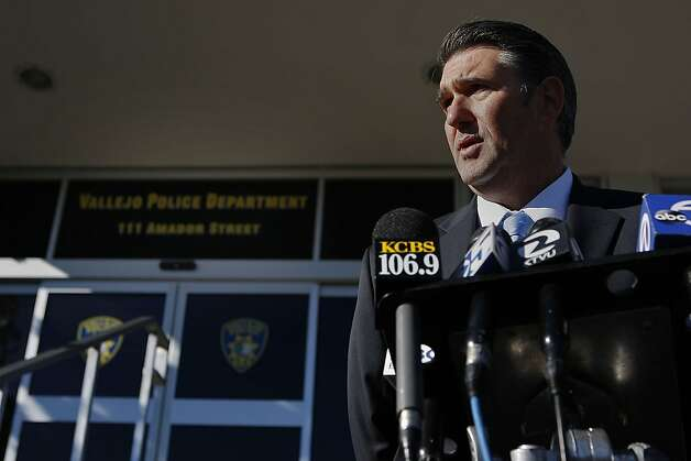 Vallejo police Lt. Jim O'Connell tells reporters Nellie Stanworth's body was found at her son's Marshfield Road home. Officers didn't say how she was killed and weren't sure of a motive. Photo: Sean Havey, The Chronicle