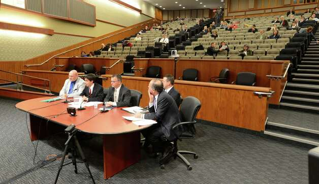 Representatives from upstate New York towns testify Thursday, Jan. 10, 2013, during a public hearing on DEC's High Volume Hydraulic Fracturing Regulations. The hearing was put on by the New York State Legislative Committee on Environmental Conservation in the Legislative Office Building in Albany, N.Y.   (Skip Dickstein/Times Union) Photo: SKIP DICKSTEIN