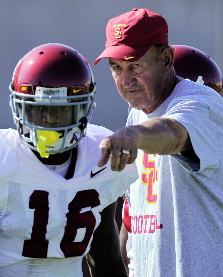 Monte Kiffin, recently at Southern Cal, appears to be in the lead for Dallas' defensive coordinator job. Photo: Mark J. Terrill, AP / AP