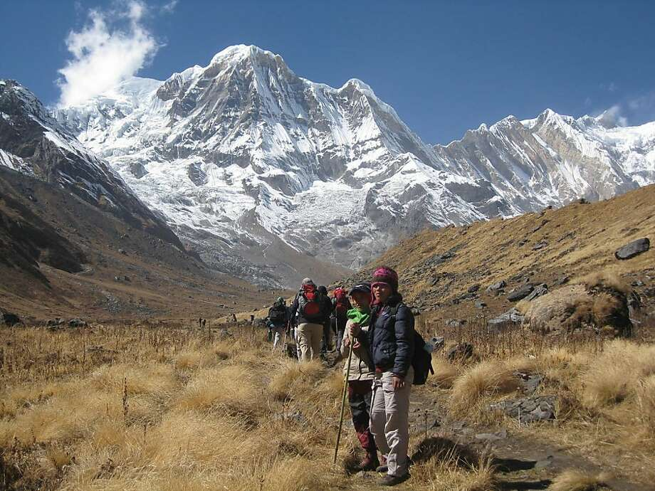 Nepal: Help disadvantaged rural Nepali women learn to be trekking guides on a Meaningful Trip Photo: Meaningful Trip