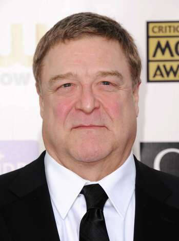 John Goodman arrives. Photo: Jordan Strauss/Invision/AP