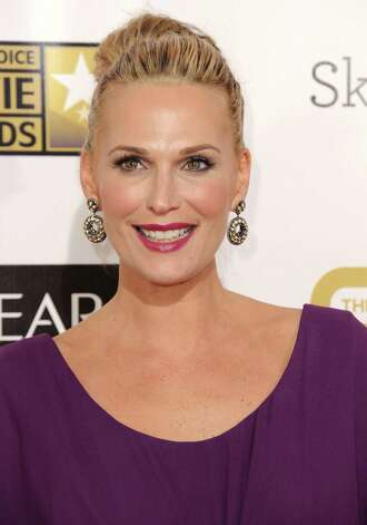 Molly Sims arrives. Photo: Jordan Strauss/Invision/AP