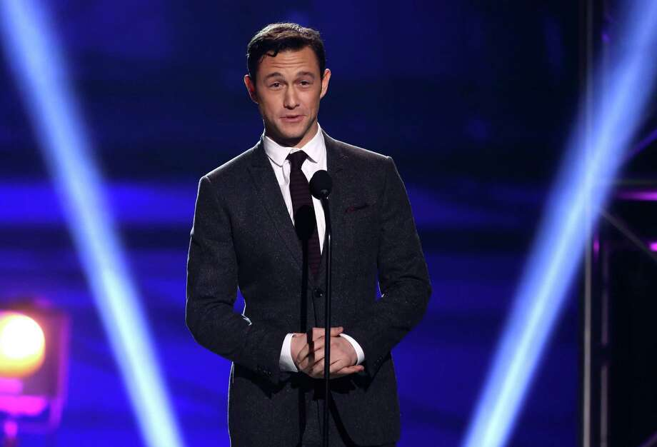 Joseph Gordon-Levitt presents the award for best actress. Photo: Matt Sayles/Invision/AP