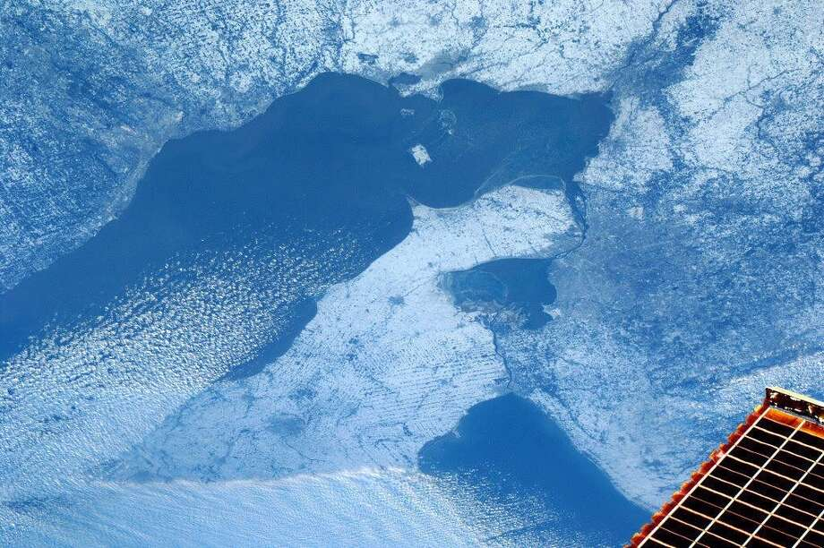 Hadfield says this photo shows Detroit, Cleveland, and Toledo, Ohio. Photo: Cmd. Chris Hadfield, Associated Press / The Canadian Press via NASA,Chri