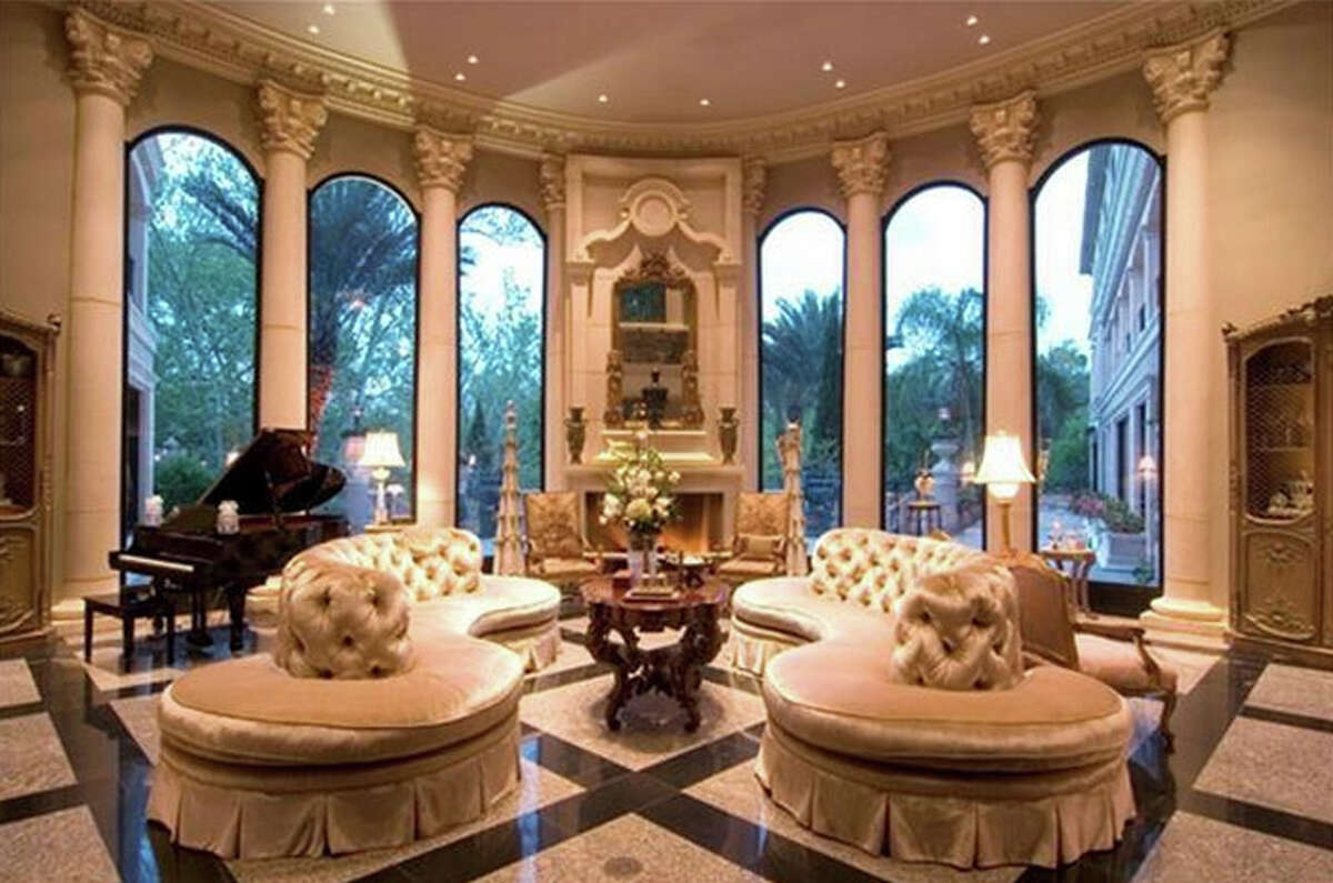 11682 Arrowwood : $19 million / 23,562 square feet Sold range: $3,317,001 - $3,830,000