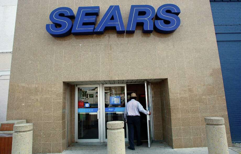"No. 9 Sears Holding Corp.: Customers don't rate the retailer highly, and even worse, the company is falling behind its main competitions Target and Wal-Mart. What they said: ""The company has the second worst score of any large discount retailer, better only than Walmart. Employees of both Sears and Kmart stores also rate their experience at the company as poor.""Source: 24/7 Wall Street Photo: Mario Tama, Getty Images / 2009 Getty Images"