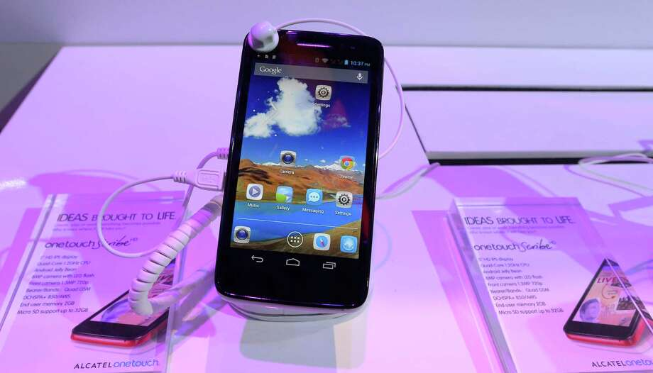 Alcatel's OnetouchScribe smartphone at the TCL booth. Photo: JOE KLAMAR, AFP/Getty Images / AFP