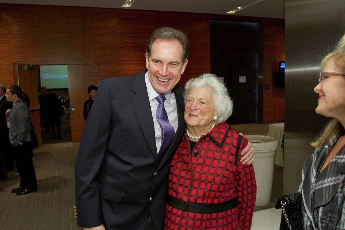 Jim Nantz and former first lady Barbara Bush at the Nantz National Alzheimer Center at the Methodist Hospital