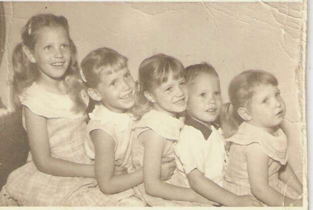 The five youngest children (of eight) of Richard and Jeanette Hooge, in San Antonio, 1958. From left, Marilyn, Beverly, Rita, David, and Kathleen.