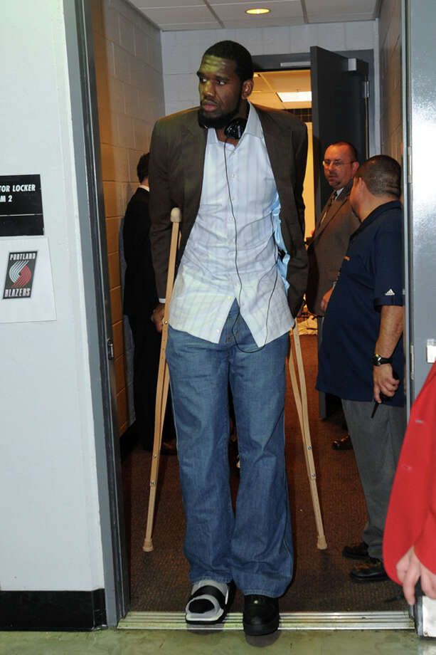 Unproductive - 3. Greg Oden, Ohio State:His career has been wracked with injuries ever since leaving the Buckeyes after their run to the 2006 national championship game.  Photo: Andrew D. Bernstein, NBAE/Getty Images / 2008 NBAE
