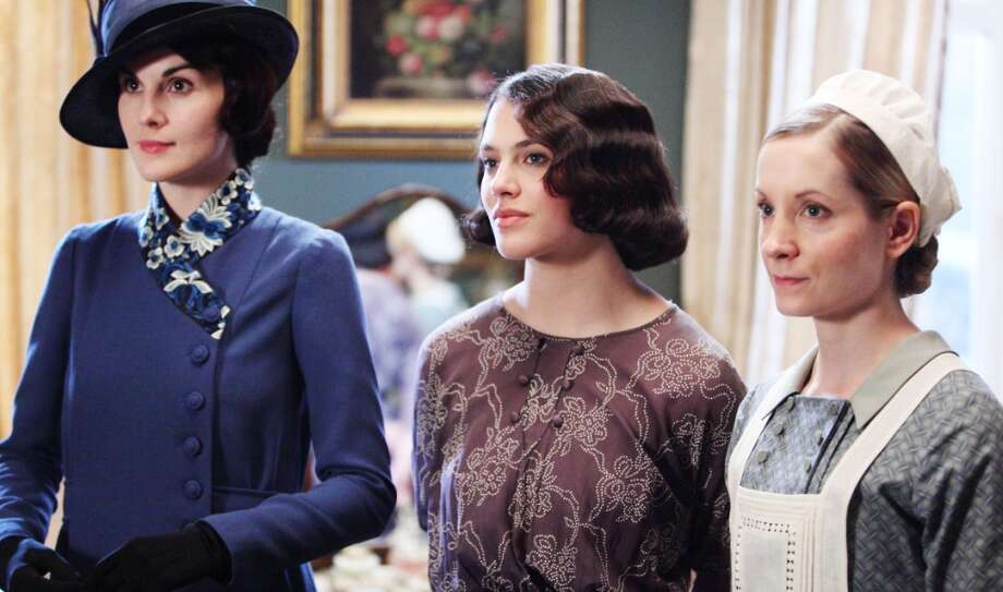 Here's what Jessica Brown-Findlay normally looks like on TV, dressed as Lady Sybil (center). (Carnival Film & Television Limited 2012 for MASTERPIECE).
