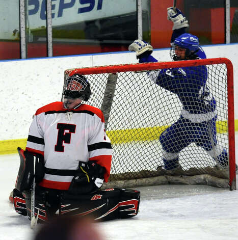Fairfield Warde/Ludlowe goalie Connor Frawley reacts after missing a goal shot by Darien, during boys hockey action at the Wonderland of Ice in Bridgeport, Conn. on Saturday January 12, 2013. Photo: Christian Abraham / Connecticut Post
