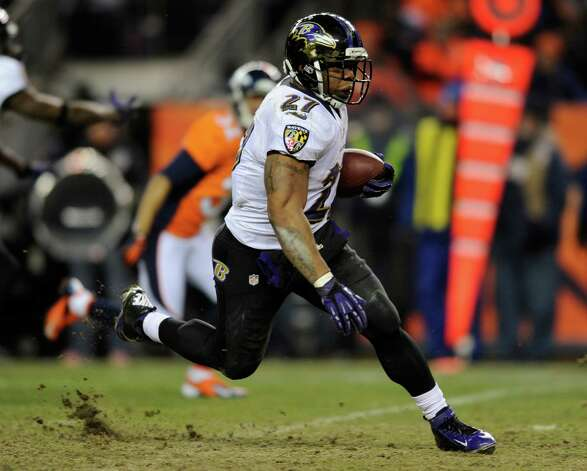 Baltimore Ravens running back Ray Rice (27) runs the ball against the Denver Broncos in the third quarter of an AFC divisional playoff NFL football game, Saturday, Jan. 12, 2013, in Denver. (AP Photo/Jack Dempsey) Photo: Jack Dempsey, Associated Press / FR42408 AP