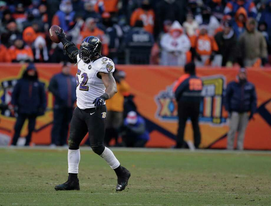 Baltimore Ravens inside linebacker Ray Lewis (52) reacts after recovering a fumble against the Denver Broncos in the third quarter of an AFC divisional playoff NFL football game, Saturday, Jan. 12, 2013, in Denver. (AP Photo/Charlie Riedel) Photo: Charlie Riedel, Associated Press / AP