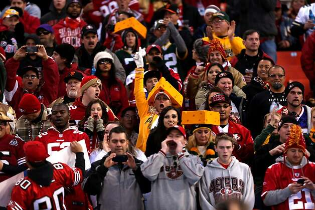 Fans during the first quarter of the San Francisco 49ers game against the Green Bay Packers in the NFC Divisional Playoffs at Candlestick Park in San Francisco, Calif., on Saturday January 12, 2013. Photo: Micheal Macor, The Chronicle