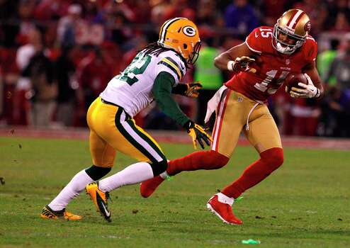 Wide receiver Michael Crabtree (15) during the first half of the San Francisco 49ers game against the Green Bay Packers in the NFC Divisional Playoffs at Candlestick Park in San Francisco, Calif., on Saturday January 12, 2013. Photo: Carlos Avila Gonzalez, The Chronicle / ONLINE_YES