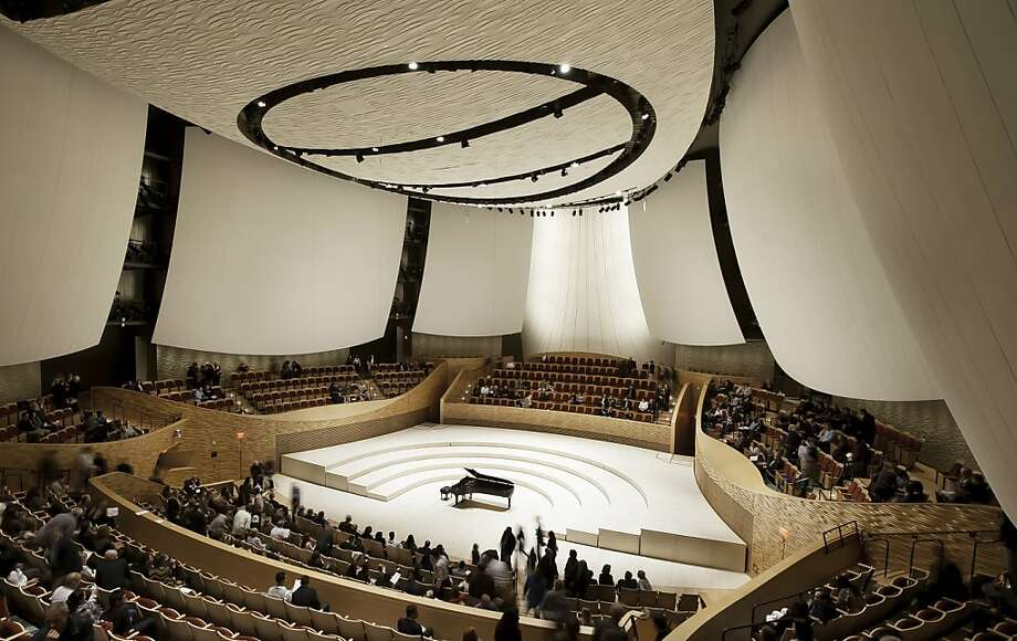 Stanford's new Bing Concert Hall can seat up to 842 patrons, though it also can be divided into smaller sections of various sizes. Photo: Aislinn Weidele