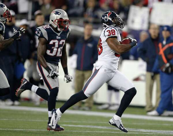Houston Texans free safety Danieal Manning (38) is chased by New England Patriots free safety Devin McCourty (32) on a 94-yard kickoff return during the first half of an AFC divisional playoff NFL football game in Foxborough, Mass., Sunday, Jan. 13, 2013. (AP Photo/Stephan Savoia) Photo: Stephan Savoia, Associated Press / AP