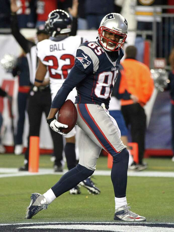 New England Patriots wide receiver Brandon Lloyd celebrates a five-yard touchdown catch during the second half of an AFC divisional playoff NFL football game against the Houston Texans in Foxborough, Mass., Sunday, Jan. 13, 2013. (AP Photo/Stephan Savoia) Photo: Stephan Savoia, Associated Press / AP