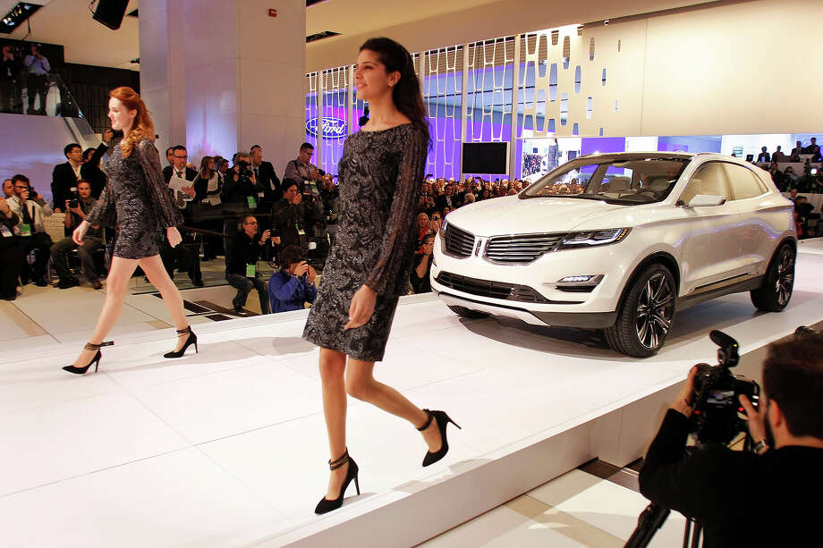 DETROIT, MI, - JANUARY 14: The new Lincoln MKC crossover concept vehicle makes its world debut at the media preview of the 2013 North American International Auto Show at the Cobo Center January 14, 2013 in Detroit, Michigan. Approximately 6,000 members of the media from 68 countries are attending the show this year. The 2013 NAIAS opens to the public  January 19th. Photo: Bill Pugliano, Getty Images / 2013 Getty Images