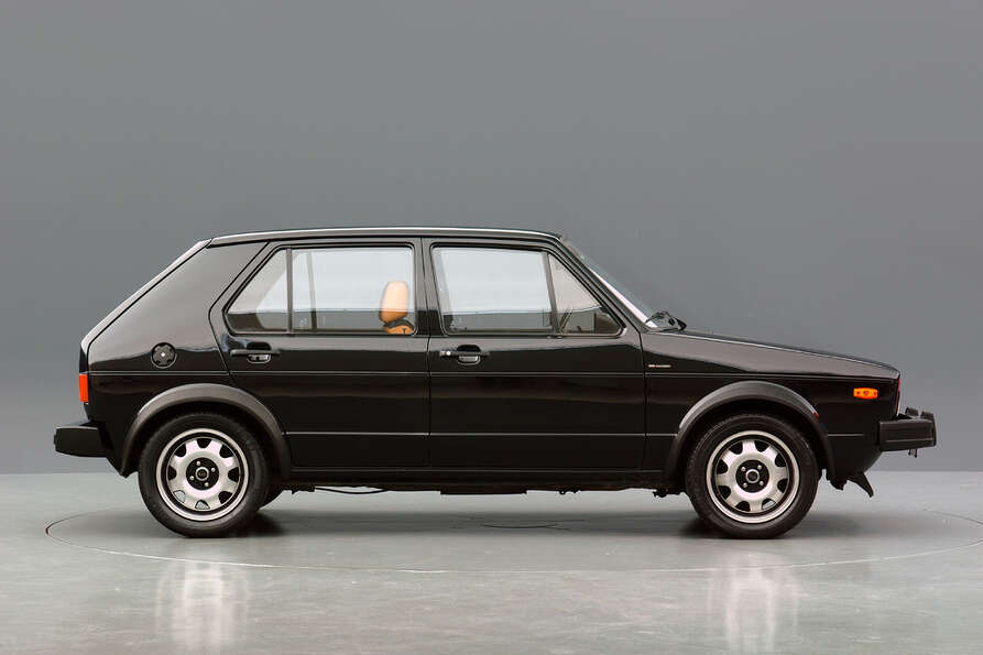 #3: Volkswagen Golf, 27.5 million