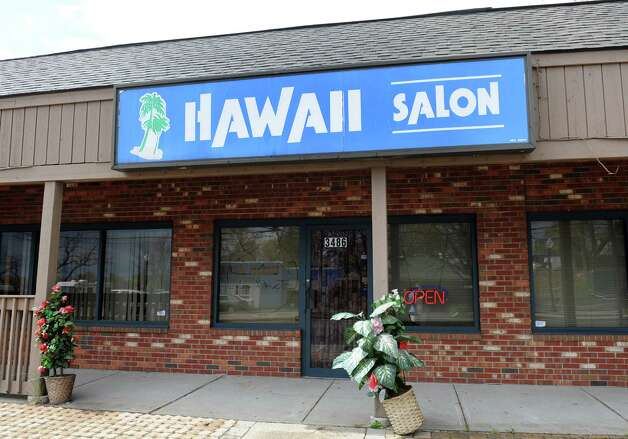 The exterior of Hawaii Salon at 3486 Fairfield Ave. in Bridgeport, Conn. Photo: Autumn Driscoll / Connecticut Post