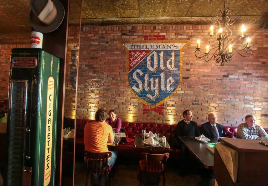 Time regressed when I walked into Capo's in North Beach and saw the century-old Chicago brick walls,
