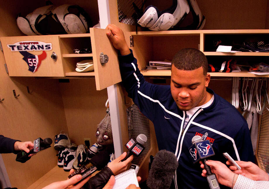 Brandon Brooks is interviewed in front of his locker. Photo: Cody Duty, Houston Chronicle / © 2012 Houston Chronicle