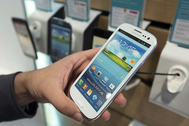 Samsung - which beat Apple in smartphone sales last year, according to the research firm IHS iSuppli - has sold 41 million Galaxy S III phones. Photo: Jason Alden, Bloomberg