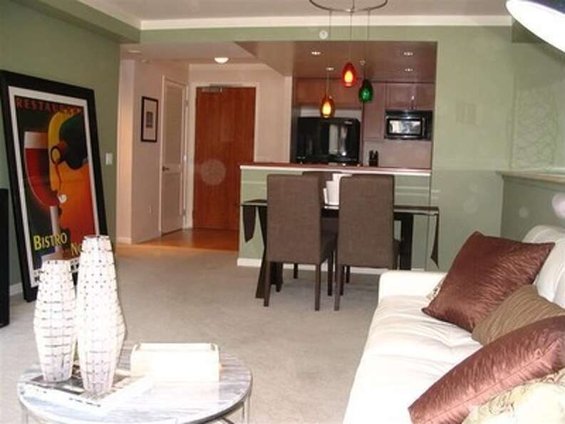 At $789,000, this unit at 400 Beale St. has 2 bedrooms, 2 baths and 1,075 square feet.