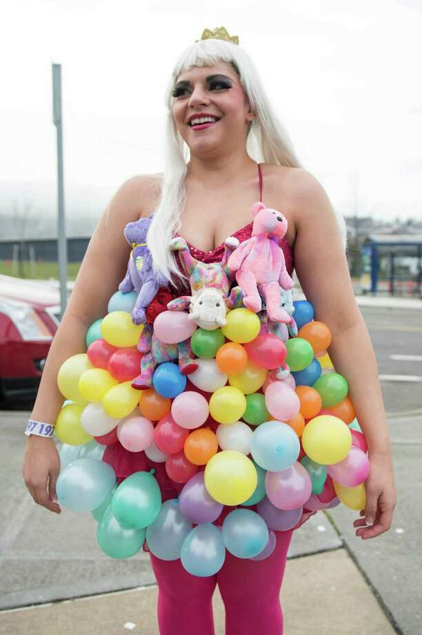 Cambry had some time on her hands to make this balloon and stuffie ensemble. Photo: CHONA KASINGER, FOR SEATTLEPI.COM / FOR SEATTLEPI.COM