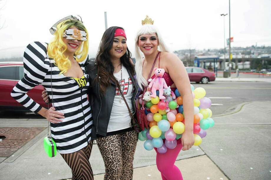Kaylee, Anna, and Cambry wait in line for Lady Gaga's Monster Pit at the Tacoma Dome. Photo: CHONA KASINGER, FOR SEATTLEPI.COM / FOR SEATTLEPI.COM
