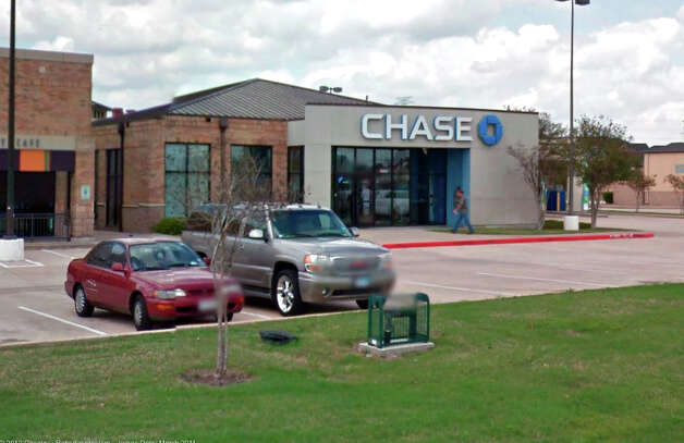 The Chase Bank at 12210 FM 1960 West was robbed Tuesday morning. Photo: Google Maps