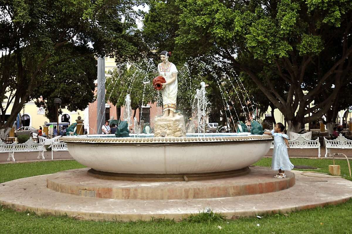 Though it was renovated in the winter of 2009, Valladolid's plaza remains very much an old Colonial square.