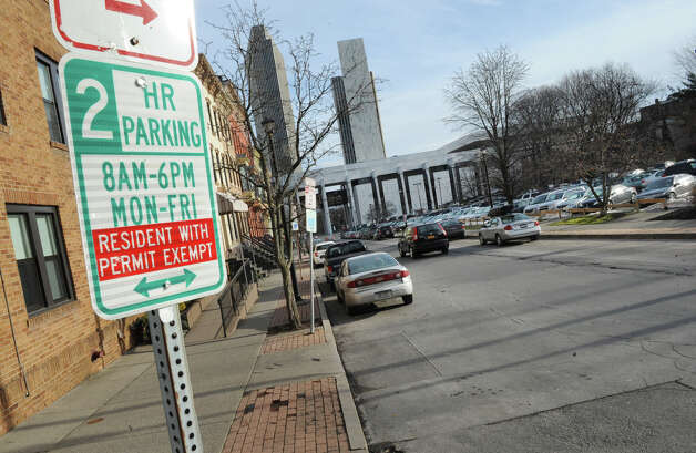 Many parking spots are available on Hamilton St. near Swan St. on Tuesday Jan. 15, 2013 in Albany, N.Y. After years of debate and negotiations, Albany launched its permit parking system. (Lori Van Buren / Times Union) Photo: Lori Van Buren