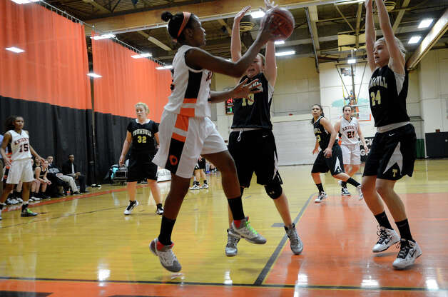Stamford High School hosts Trumbull High School in girls varsity basketball in Stamford, CT on Jan. 15, 2013. Photo: Shelley Cryan / Shelley Cryan for the Stamford Advocate/ freelance Shelley Cryan